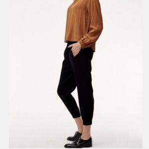 Aritzia Babaton Dexter Cropped Crepe Dress Pant